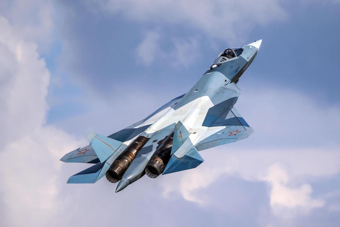 Su-57战斗机